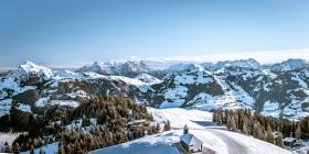 THEMENBILD, Die Berge im Winter
