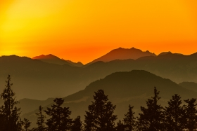 THEMENBILD, Sonnenuntergang am Speichersee Astberg